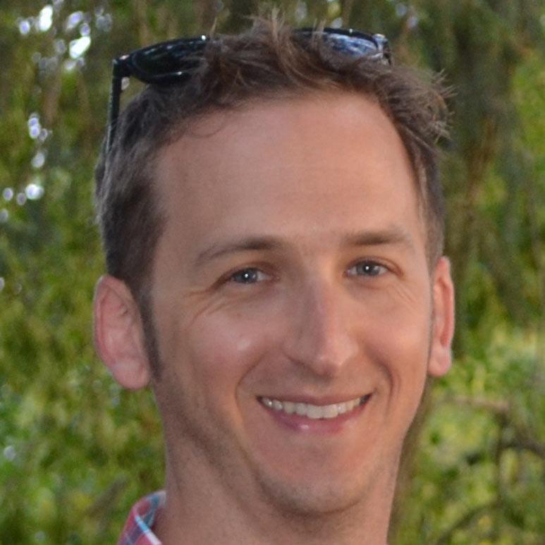 Male teacher's profile picture