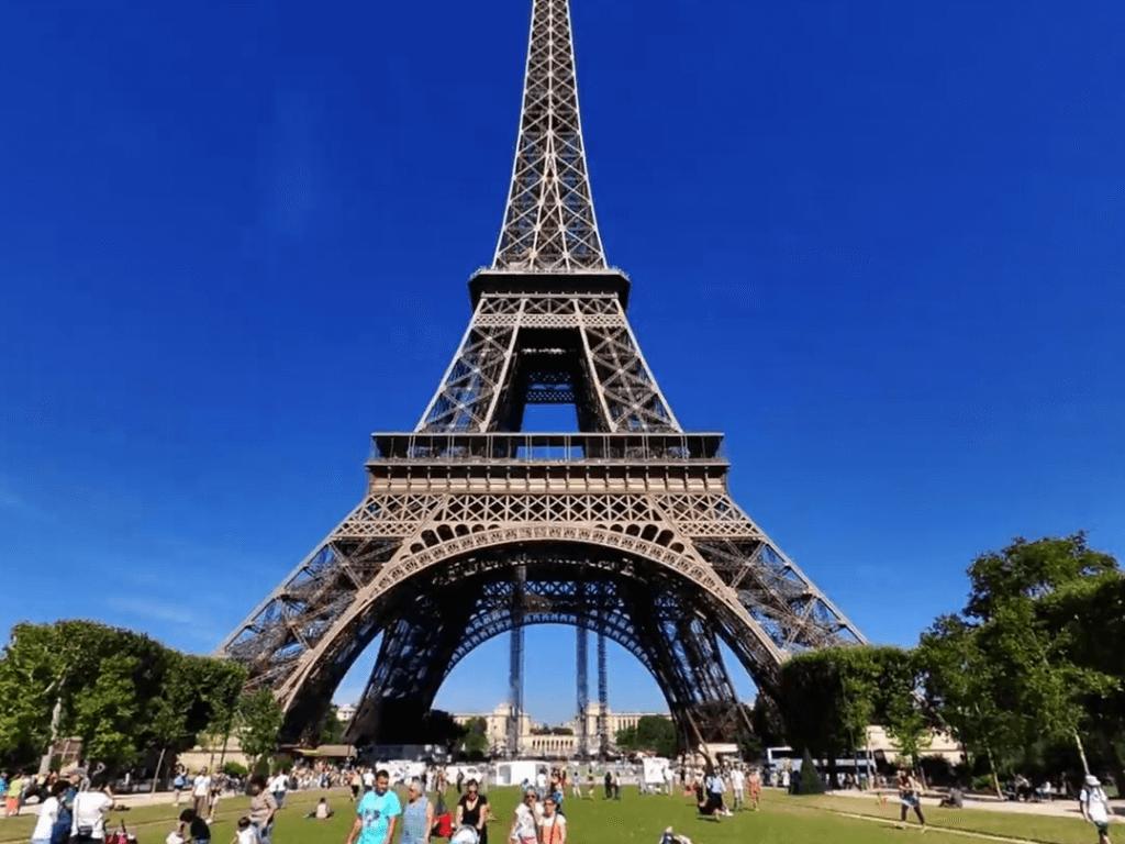 The Eiffel Tour